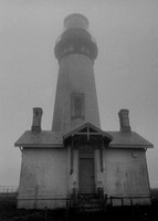 Yaquina Head Lighthouse (before the restoration)